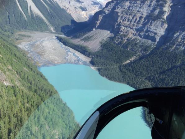 Hoch über dem Kinney Lake, in Richtung Mount Robson (Foto: Lisa Feldmann).