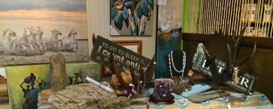 Im Gift Shop im Gathering Tree lassen sich kleine Schätze finden.